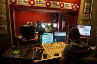 Im Studio bei Radio Campus Rennes.