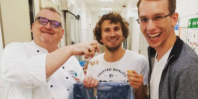 Ein voller Erfolg: DIY-Mensa – Koch dir dein Lieblingsgericht!