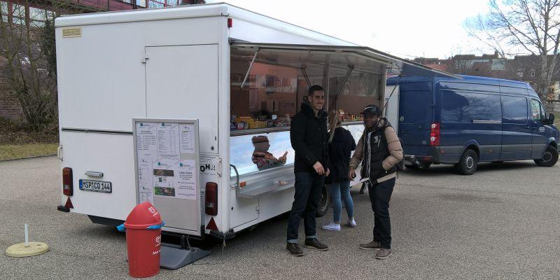 Imbisswagen an der Cafeteria Lange Gasse eröffnet