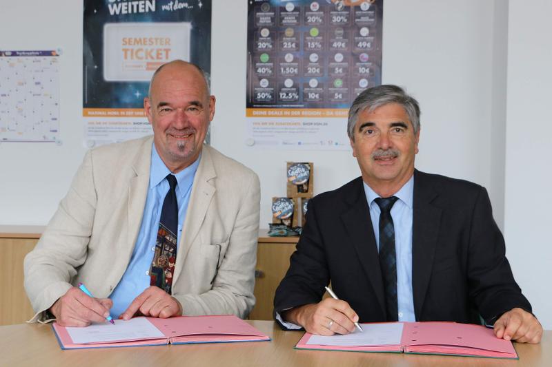 Neuer Semesterticket-Jahresvertrag unterzeichnet