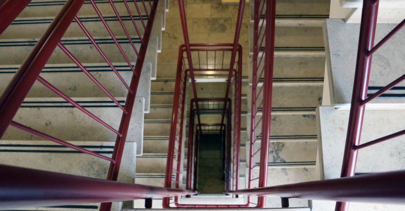 Hofmannstrasse 25: Neugestaltung des Eingangsbereichs - Zugang wird barrierefrei